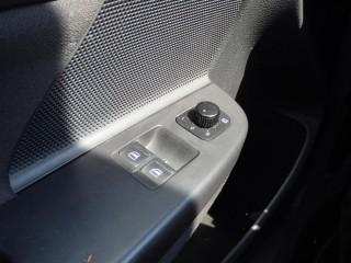 Volkswagen Golf 1.6 16V č.13