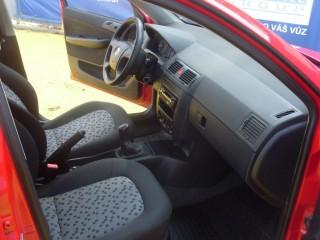 Škoda Fabia 1.2 MPi č.8