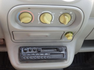 Renault Twingo 1.2i č.8