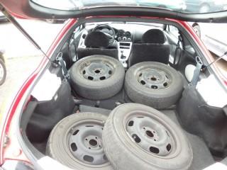 Hyundai Coupé 1.6i 84KW č.12