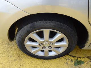 Toyota Corolla Verso 1.6 81Kw č.16