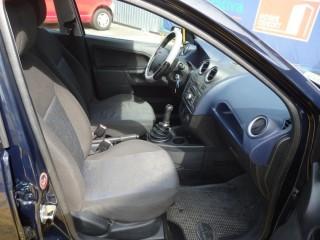Ford Fiesta 1.3i č.8
