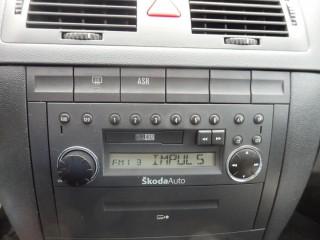 Škoda Fabia 1.4 16V 1.Maj,Servisní kniha č.9