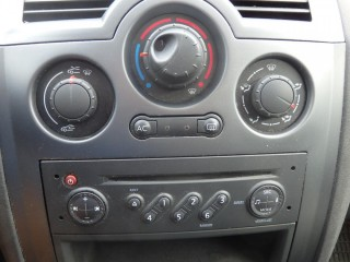 Renault Mégane 1.6 16V 82KW č.12