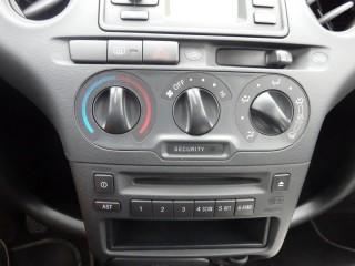 Toyota Yaris 1.0I č.13