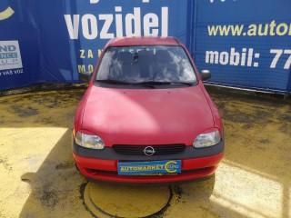Opel Corsa 1.2 16V 1.Majitelka č.2