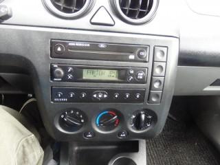 Ford Fiesta 1.4i č.11