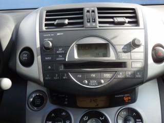 Toyota RAV4 2.0 VVT-i 112KW MANUÁL č.12