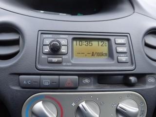 Toyota Yaris 1.3VVTI č.12