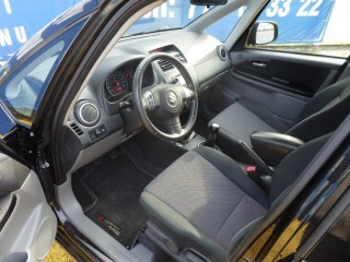 Suzuki SX4 1.6i 4X4 GARANCE KM!! č.11