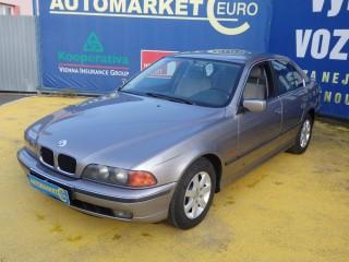 BMW Řada 5 523i 125KW Manuál č.1