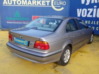 BMW Řada 5 523i 125KW Manuál č.4