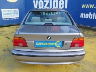 BMW Řada 5 523i 125KW Manuál č.5