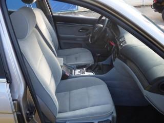 BMW Řada 5 523i 125KW Manuál č.8
