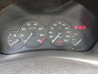 Peugeot 206 1.4 i č.9