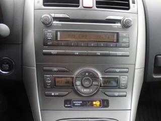 Toyota Auris 1.6 VVT-I 91KW XENONY č.12