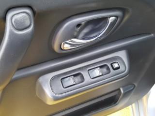 Suzuki Jimny 1.3i BEZ KOROZE č.12