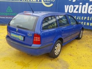 Škoda Octavia 1.6i Jen servis Škoda č.4