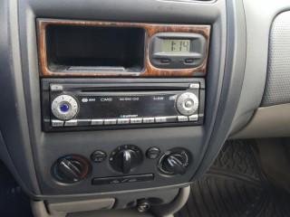 Mazda 323 2.0 D 74KW č.12