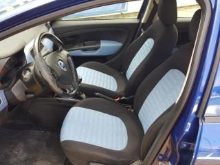 Fiat Grande Punto 1.4i č.7