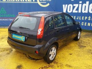 Ford Fiesta 1.3i 51KW Klima č.4