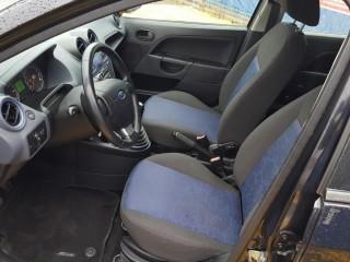 Ford Fiesta 1.3i 51KW Klima č.7