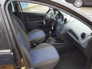 Ford Fiesta 1.3i 51KW Klima č.8