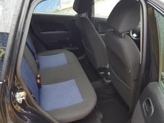 Ford Fiesta 1.3i 51KW Klima č.10