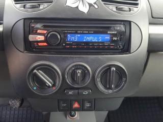 Volkswagen New Beetle 1.4 16V GENERATION č.11