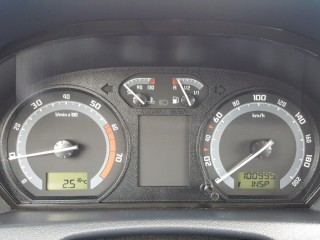 Škoda Fabia 1.2 klimatizace,100% km č.11