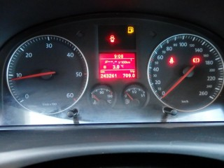 Volkswagen Touran 2.0 TDi 7- Míst BEZ DPF!! č.15