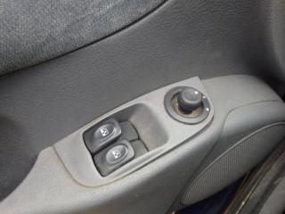 Renault Mégane 1.9Dti č.13