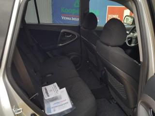 Toyota RAV4 2.0 VVT-I 112KW LPG č.9