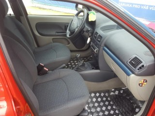 Renault Clio 1.2 16V 55KW Klima č.8