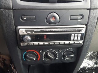 Renault Clio 1.2 16V 55KW Klima č.13