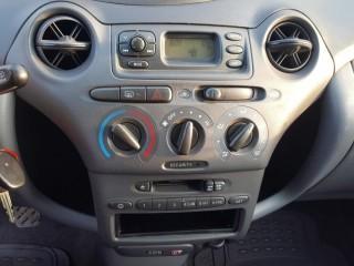 Toyota Yaris 1.4 D4-D Spotřeba 4L/100KM č.12