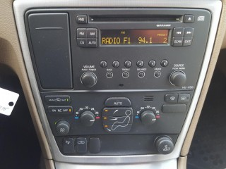 Volvo S60 2.4D 136KW 100%KM č.12