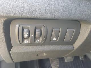 Renault Fluence 1.6 16V 81KW č.14