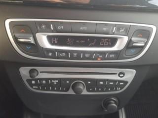 Renault Fluence 1.6 16V 81KW č.15