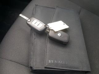 Renault Fluence 1.6 16V 81KW č.19