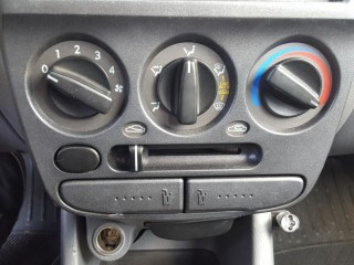 Hyundai Accent 1.3i Nové v ČR č.11