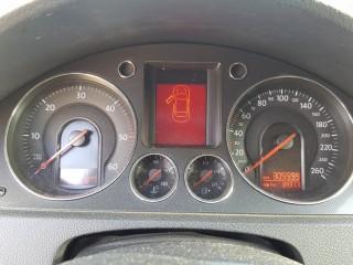 Volkswagen Passat 2.0 Tdi č.12