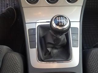 Volkswagen Passat 2.0 Tdi č.15