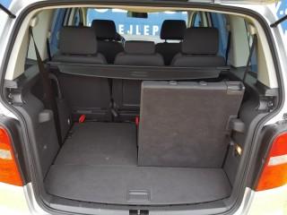 Volkswagen Touran 2.0 Tdi 7 Míst č.16
