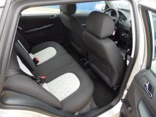 Škoda Fabia 1.4 16V 98000Km č.9