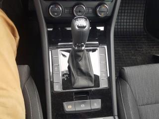 Škoda Superb 2.0 TDi 140KW 4X4, 1.Majitel č.15