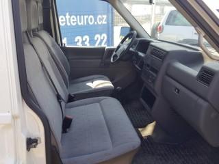 Volkswagen Transporter 2.5 TDi 75KW č.8