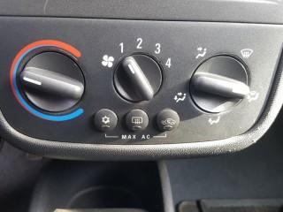 Opel Corsa 1.2i 16V 55KW Klima, 100%KM č.13