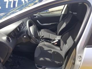 Peugeot 308 1.6 HDi č.7