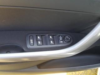 Peugeot 308 1.6 HDi č.12